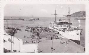 Cueta Africa Steamer At Dock Una vista del puerto y Ilegada del vapor correo ...