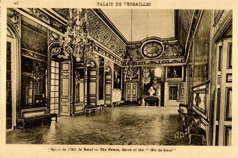 France - Versailles. Inside the Palace of Versailles, Bull's Eye Salon