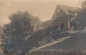 RP: NORTH FERRISBURG , Vermont, PU-1932 ; Mt Philo Inn , Cherry Tree Cottage