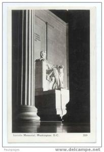 RPPC Night view of the Lincoln Memorial in Washington ,DC, 1946