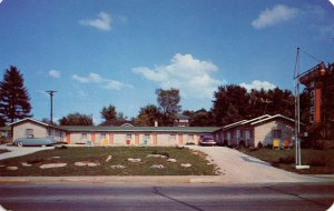 IN - Bloomington. Stony Crest Motel