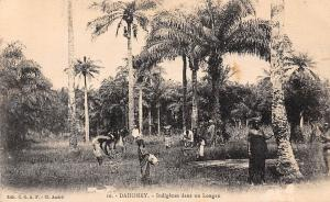 Benin Dahomey Indigenes dans un Lougan, natives, palms 1928