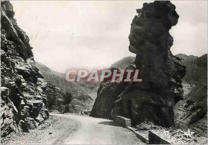 Postcard Modern 5 high valley of the Var in the gorges of the daluis woman head