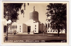 REAL PHOTO  State Capitol, Salem, Oregon !