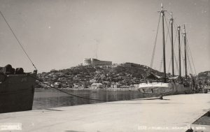 RP: ACAPULCO , Mexico , 1930-40s ; Muelle
