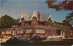 Autos Golden Murray Hill Hotel roadside Westfield New York Postcard Roberts 8330
