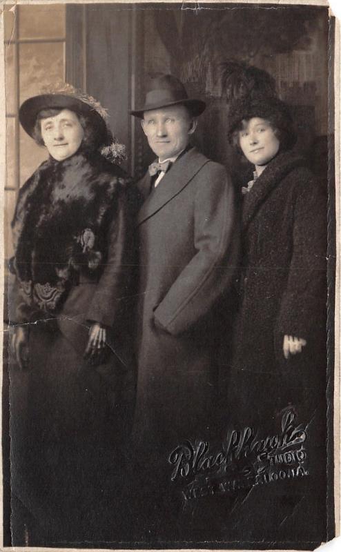West Waterloo Iowa~Blackhawk Studio Portrait~Josephine & Parents~Hats~1913 RPPC