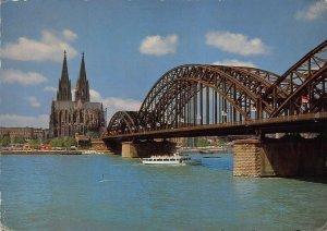 Koln am Rhein Dom und Hohenzollernbrucke Cathedral Bridge Boats Postcard