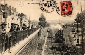 CPA LIMOGES - L'Avenue de la Gare (293852)