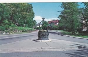 Wishing Well , TEMISCAMING , Quebec , Canada , 50-60s
