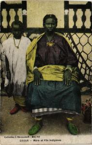 CPA Senegal-Dakar-Mére et Fils indigénes (235425)