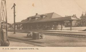 QUAKERTOWN , Pennsylvania, 1906 ; P.& R. Railroad Train Depot