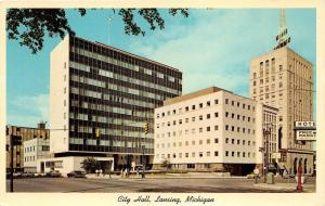 Lansing Michigan~City Hall Building~People @ Street Corner~50s Cars~York News Pc
