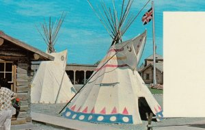 FORT MACLEOD , Alberta , Canada , 50-60s ;  Teepees in Fort