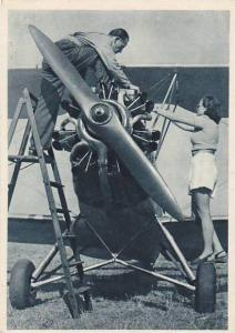 Man & Woman Fixing A Plane, Opatrovanie Motora, Monoplane, Flier, Ceskosloven...