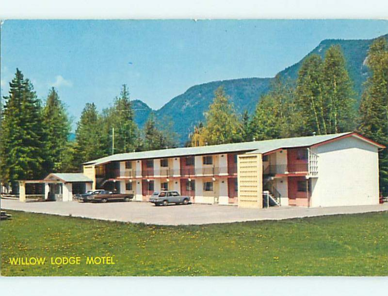 Unused Pre-1980 WILLOW LODGE MOTEL in Sicamous British Columbia Canada u4167