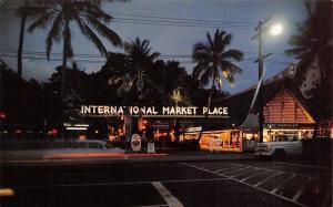 Waikiki Hawaii~International Market Place~1960 Postcard