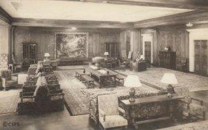 BOSTON, Massachusetts, 1934; Reception Room, Christian Science Publishing House