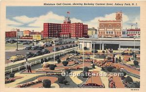 Old Vintage Miniature Golf Postcard Post Card Miniature Golf Course showing B...