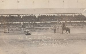 RP: RODEO ; CHEYENNE , WY , 1929 ; Ed Bowman Calf Roping