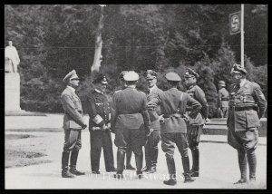 Compiegne - Hitler et son etat major