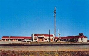 Westville IN Hoover's Motel & Restaurant Postcard