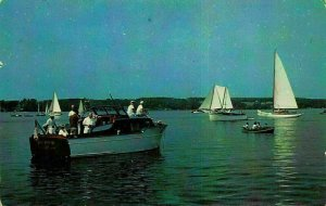 Boating in Maine Vacationland Boats Bateaux Postcard