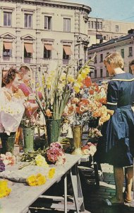 HELSINKI , Finland, 50-60s ; Market Place