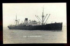 bf426 - Bank Line Cargo Ship - Lindenbank , built 1930 - postcard Feilden