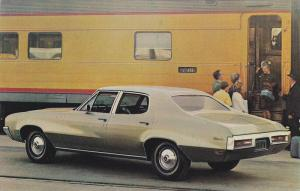 1971 Buick Skylark 4-Door Sedan car