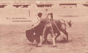 Un Pase Natural, Matador Engages Bull, MEXICO, 1900-1910s