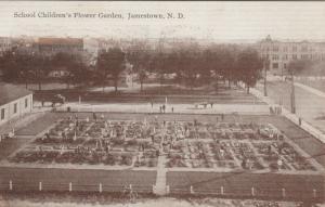 JAMESTOWN , North Dakota , 1910 ; School Childrens Flower Garden