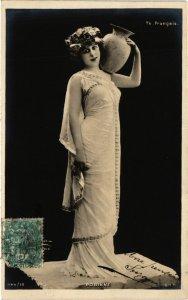 CPA Theater stars Robinne . (528190)
