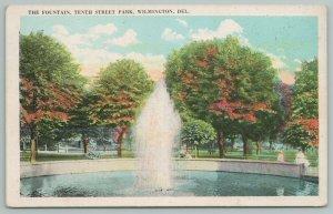 Wilmington Delaware~The Fountain 10th Street Park~Vintage Postcard
