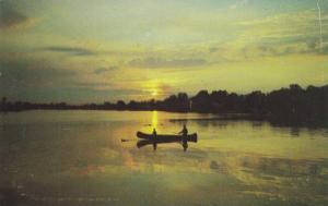 Canoeing , ABBOTSFORD , B.C., Canada , 50-60s