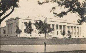 RP: GUTHRIE , Oklahoma , 1930s ; Court House