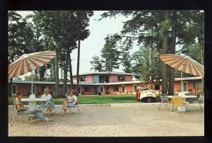 Gilford, New Hampshire/NH Postcard, Silver Sands Motel, Beach Cottages