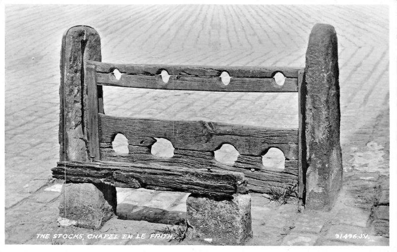 CHAPEL-EN-LE-FRITH DERBYSHIRE ENGLAND~PUNISHMENT STOCKS-PHOTO POSTCARD
