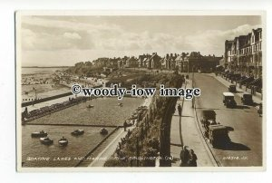 aj0294 - Boating Lakes & Marine Drive , Bridlington , Yorkshire - postcard