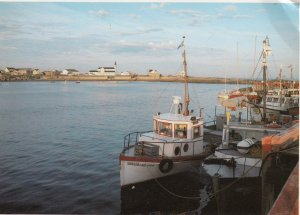 RIVIERE-AU-TONNERRE, Quebec, PU-1986; Water View, Sheldrake Fishing Boat
