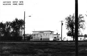 Mountain Home Idaho 1978 Amtrack train depot real photo pc Z18256