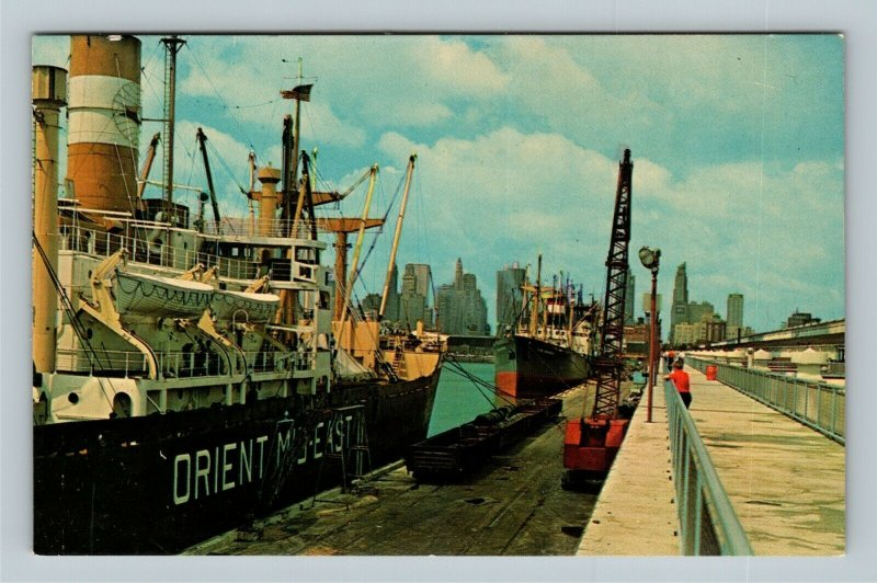 Chicago IL, Shipping From Navy Pier, Chrome Illinois Postcard