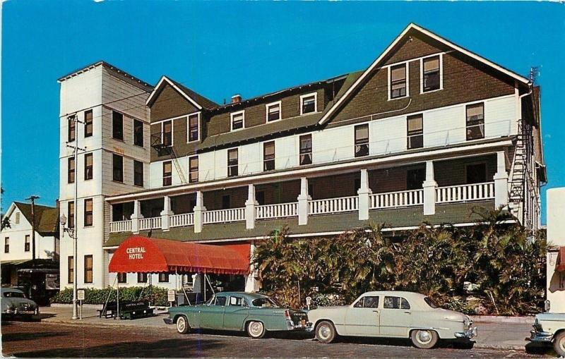 St Petersburg Florida~Central Motel~REd Canopy~Close Up 1950s Cars~Postcard