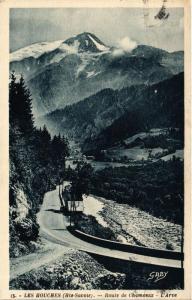 CPA Les Houches Route de Chamonix (618701)