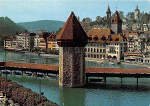 Switzerland Luzern, Reussquai mit Kapellbruecke, Chapel Bridge