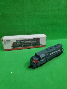 N Scale Southern Pacific Locomotive No. 9725 Model Train ~ 418 High Speed