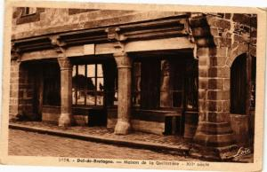 CPA DOL-de-BRETAGNE-Maison de la Guillotiere (265422)