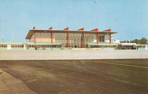 New Air Terminal Building , WARWICK , Rhode Island , 50-60s