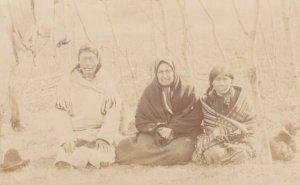 RP: DUCK LAKE , Saskatchewan, Canada, 1909 ; Indians
