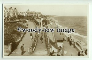 tp8842 - Essex - The East Beach and Slope Walks, at Clacton-on-Sea - Postcard